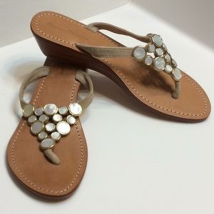 Tommy Bahama Mother of Pearl Sandals